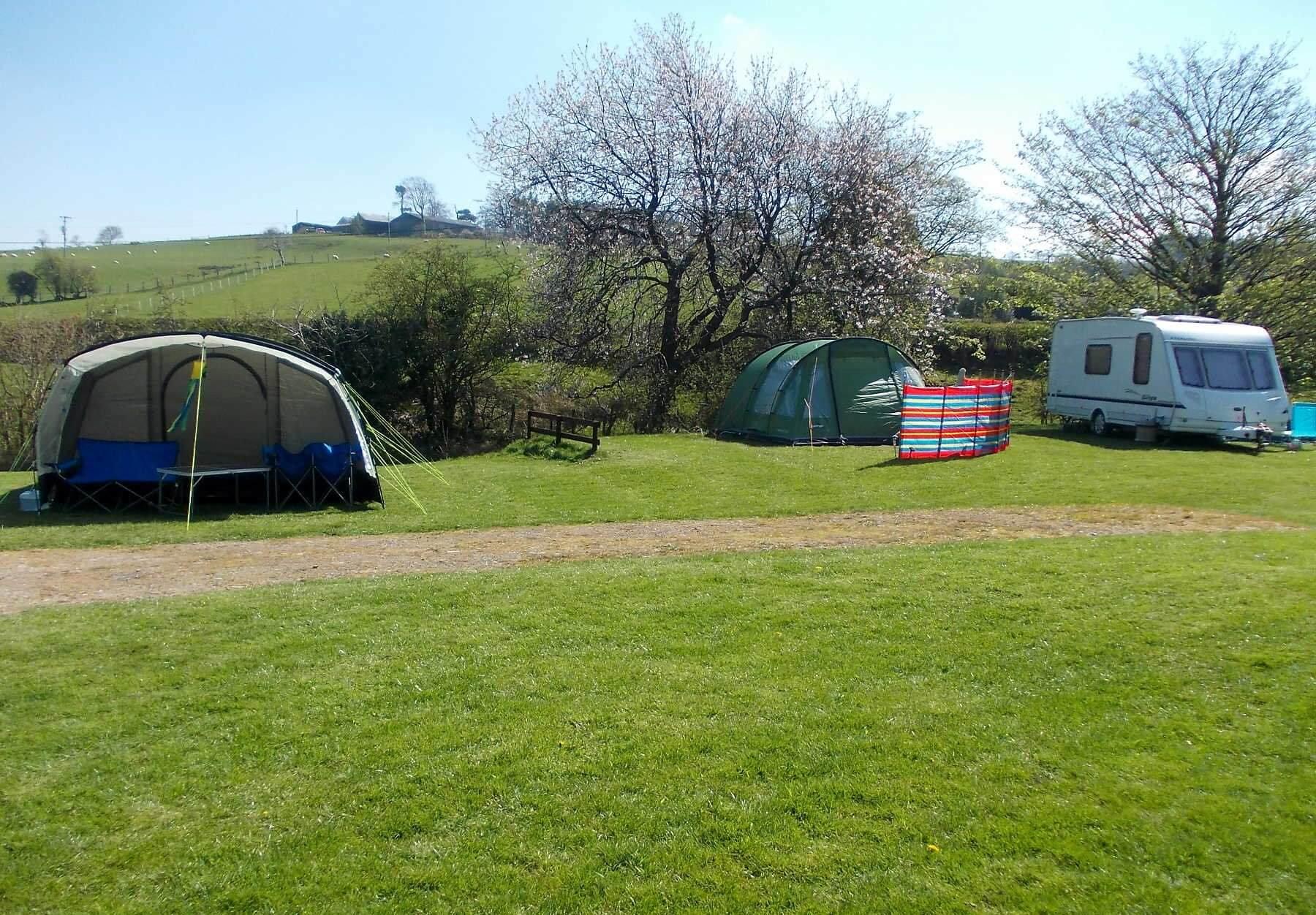 Maes Y Bryn Campsite