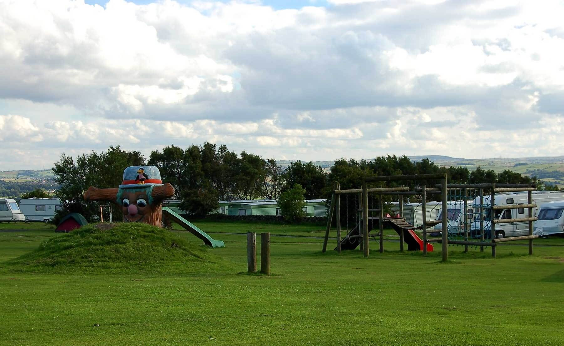 Dobrudden Caravan Park, Shipley, West Yorkshire | Head Outside