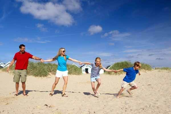 Sandhills Holiday Park ( Park Holidays Uk)